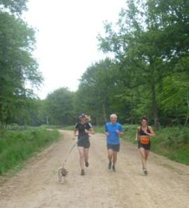 Julie (and Amber), Mark and Caroline modelling the running conditions beautifully. Superb action photography by moi.